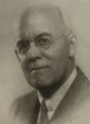 Dr. Arthur Fernández-Coca